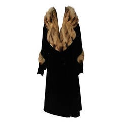 1930s Fur-Trimmed Velvet Coat