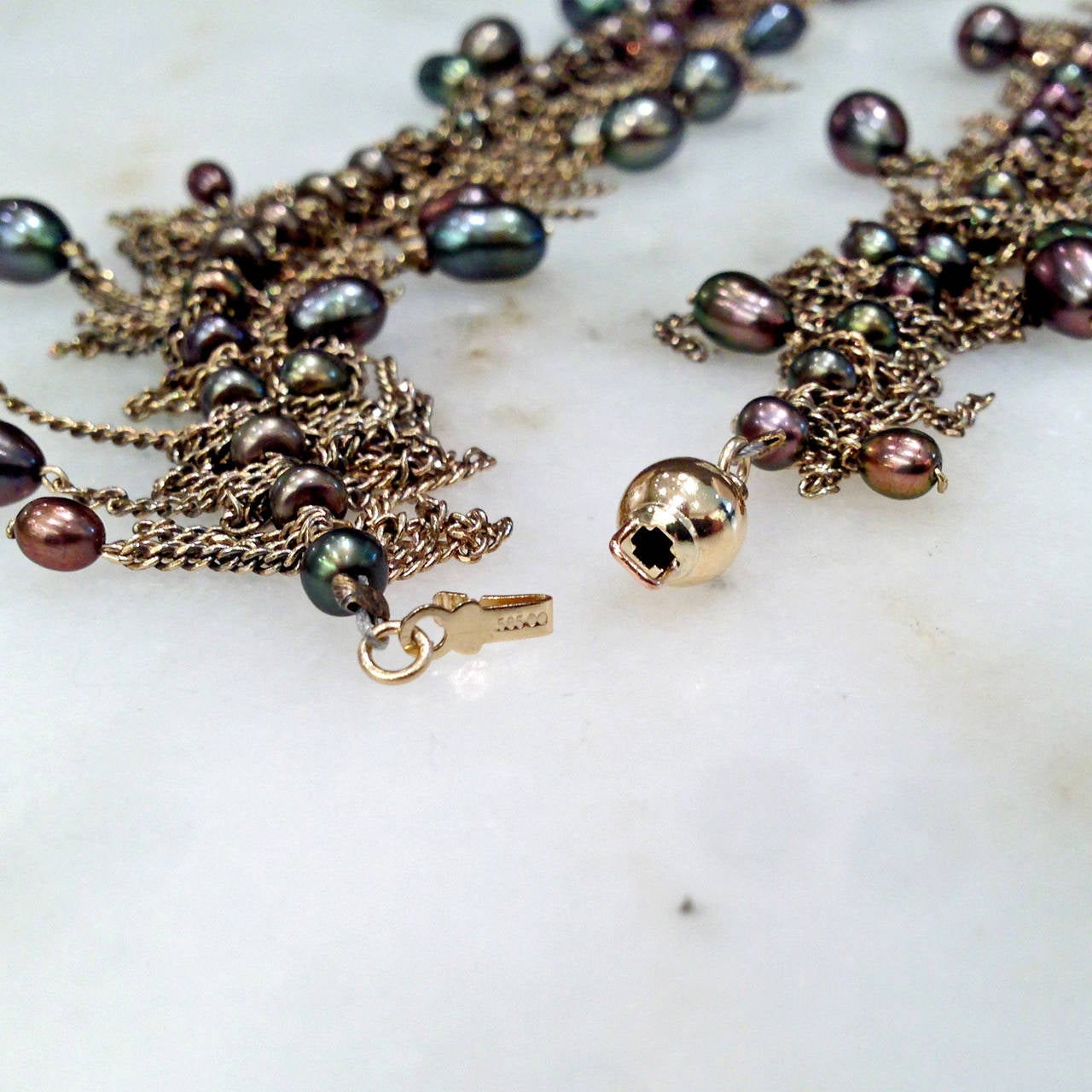 Flowing Fringe Peacock Pearl Multichain 14k Handmade Drop Necklace In New Condition For Sale In Dallas, TX