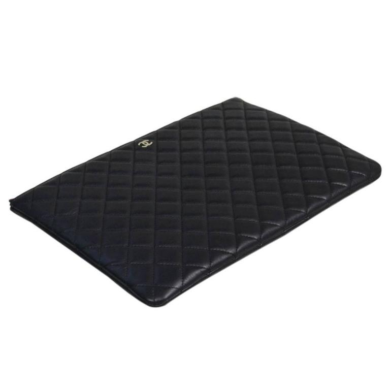 Chanel Black Quilted Lambskin Envelope Clutch No. 20 iPad Case In Excellent Condition For Sale In Boca Raton, FL