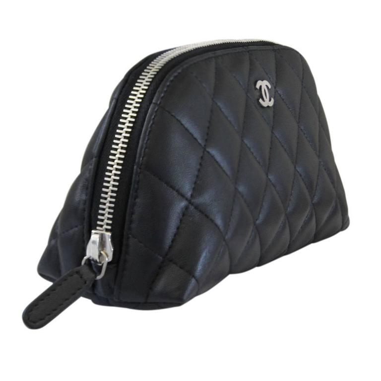 Chanel Lambskin Black Quilted Shw Small Makeup Case No 16 In Good Condition For