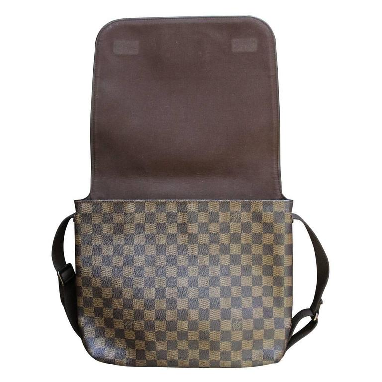 7229f4fde19a Louis Vuitton Brooklyn MM Damier Ebene Messenger Bag Discontinued In  Excellent Condition For Sale In Boca