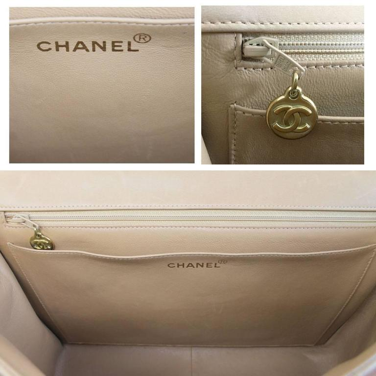 Chanel Beige/Tan Vintage Quilted Lambskin Maxi Single Flap Bag GHW No. 3 For Sale 3