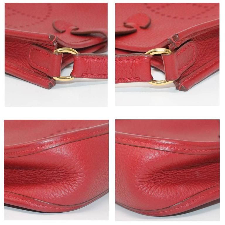 Authentic Hermes Evelyne Red Clemence TPM Handbag in Box 2003 In Excellent Condition For Sale In Boca Raton, FL