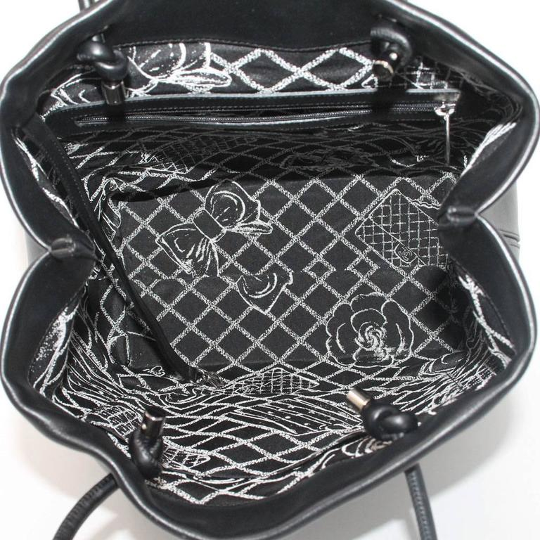 Chanel Petit 31 Rue Cambon Black Leather Runway Tote Bag in Box No. 12 8