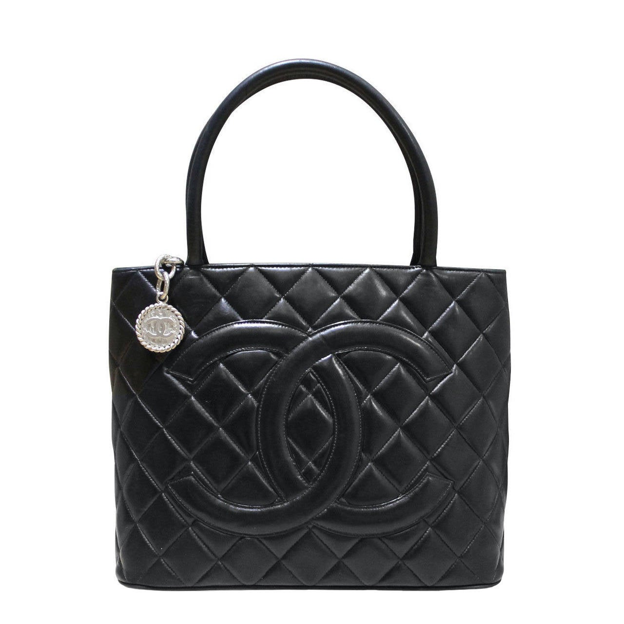 e515272453a449 Chanel Bag Collection 2002. Chanel 2002 Black Caviar Chevron Quilted Camera  Case Bag at 1stdibs