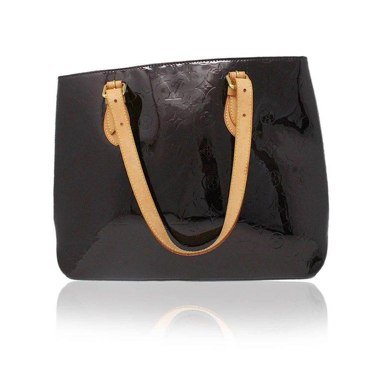 Brand: Louis Vuitton Handles: Cowhide Leather Adjustable Shoulder Straps, Drop from 5