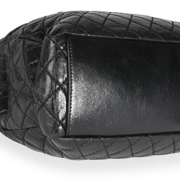 Chanel Black Quilted Boy Front Pocket Shopping Bag In Good Condition For Sale In New York, NY