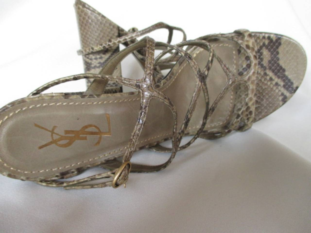 Yves saint Laurent snake leather shoes In Excellent Condition For Sale In Amsterdam, NL