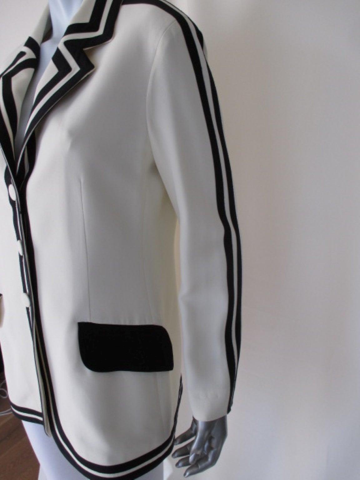"vintage Moschino ""Cheap & Chic""white blazer with black trim 3"