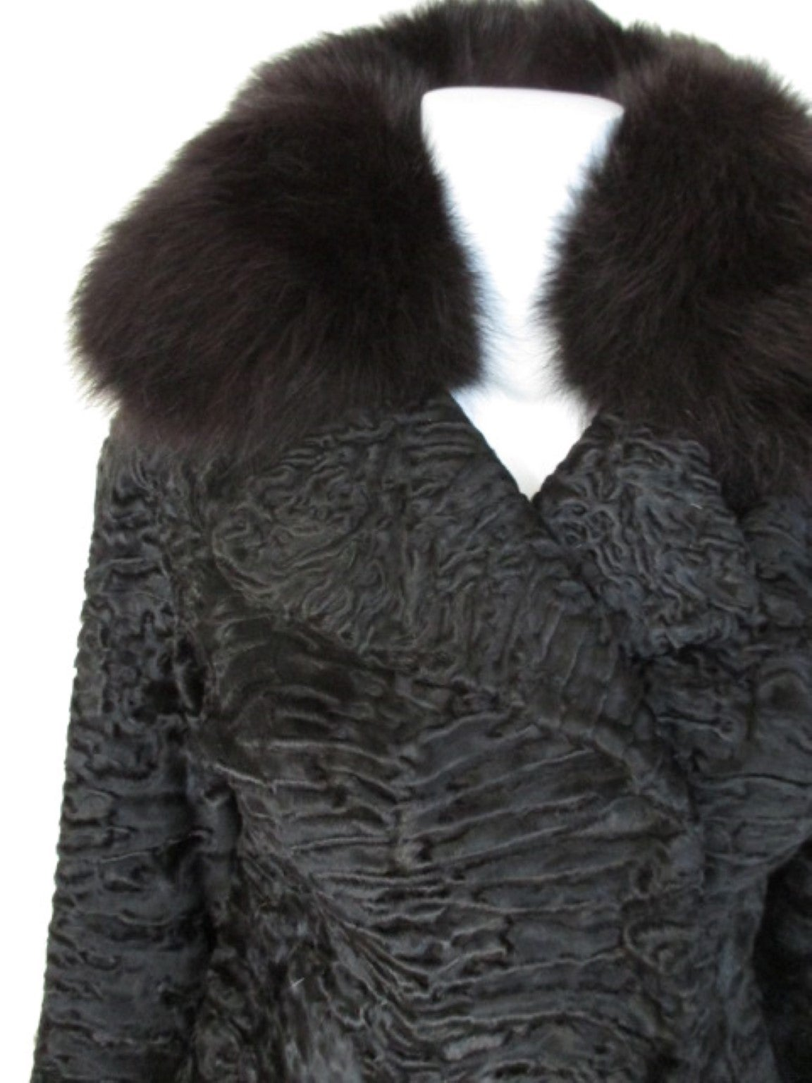 Black persian Lamb/Astrakhan fur jacket with fox details In Excellent Condition For Sale In Amsterdam, NL