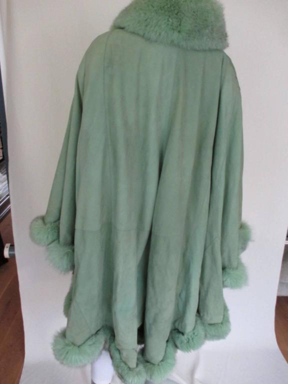 lime green soft suede leather fox fur trimmed cape 4