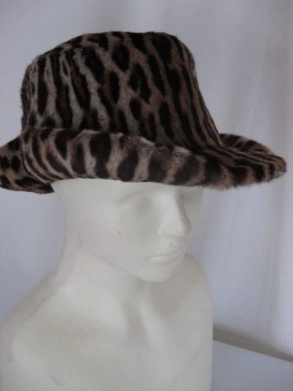 40's chic leopard fur print hat In Excellent Condition For Sale In Amsterdam, NL