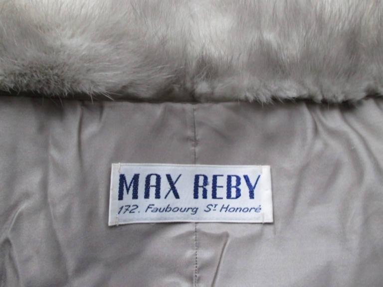 This beautiful vintage stole is made of high quality grey mink by the designer Max Reby, 172, Faubourg St- Honore, Paris.