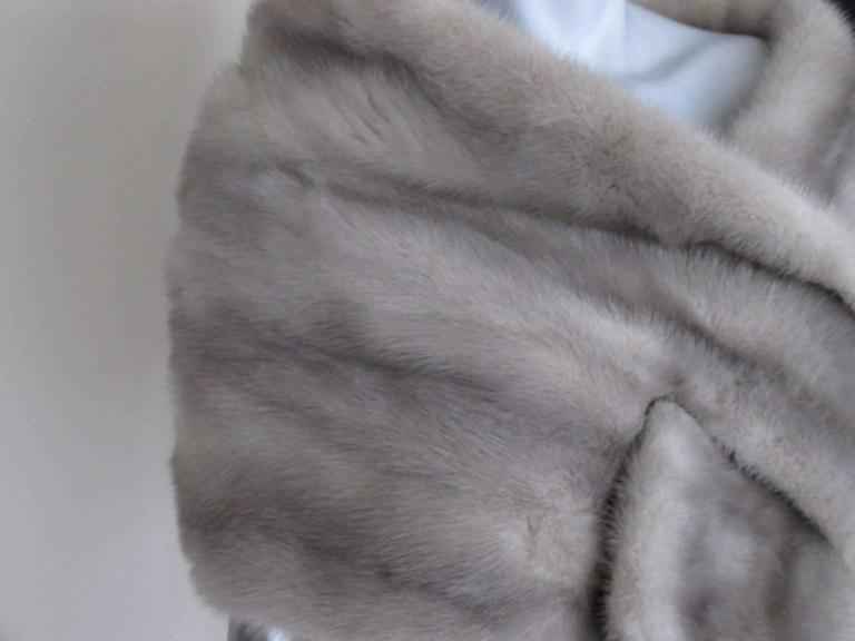 "Gray sapphire mink fur stole from ""max reby"" For Sale"