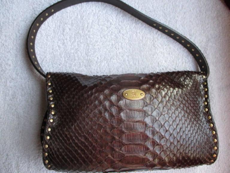 Celine little brown leather shoulderbag For Sale 4