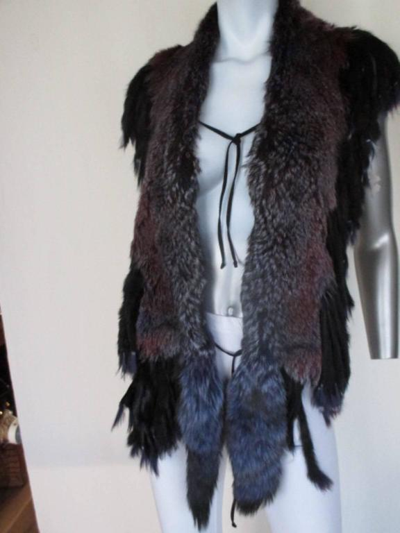 fabulous fringed dyed fox fur stole For Sale 1