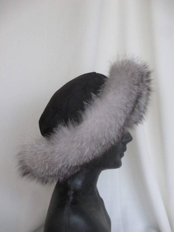 Gray Snow White Fox Fur Hat With Black Top For Sale