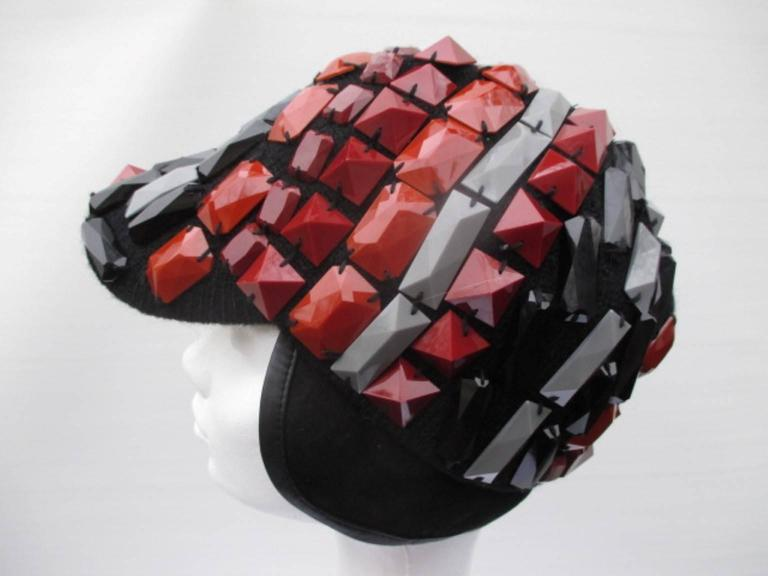 multi colored studs hat In Excellent Condition For Sale In Amsterdam, NL