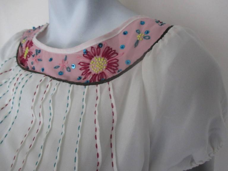 Miu Miu summer blouse with embroidered flowers 2