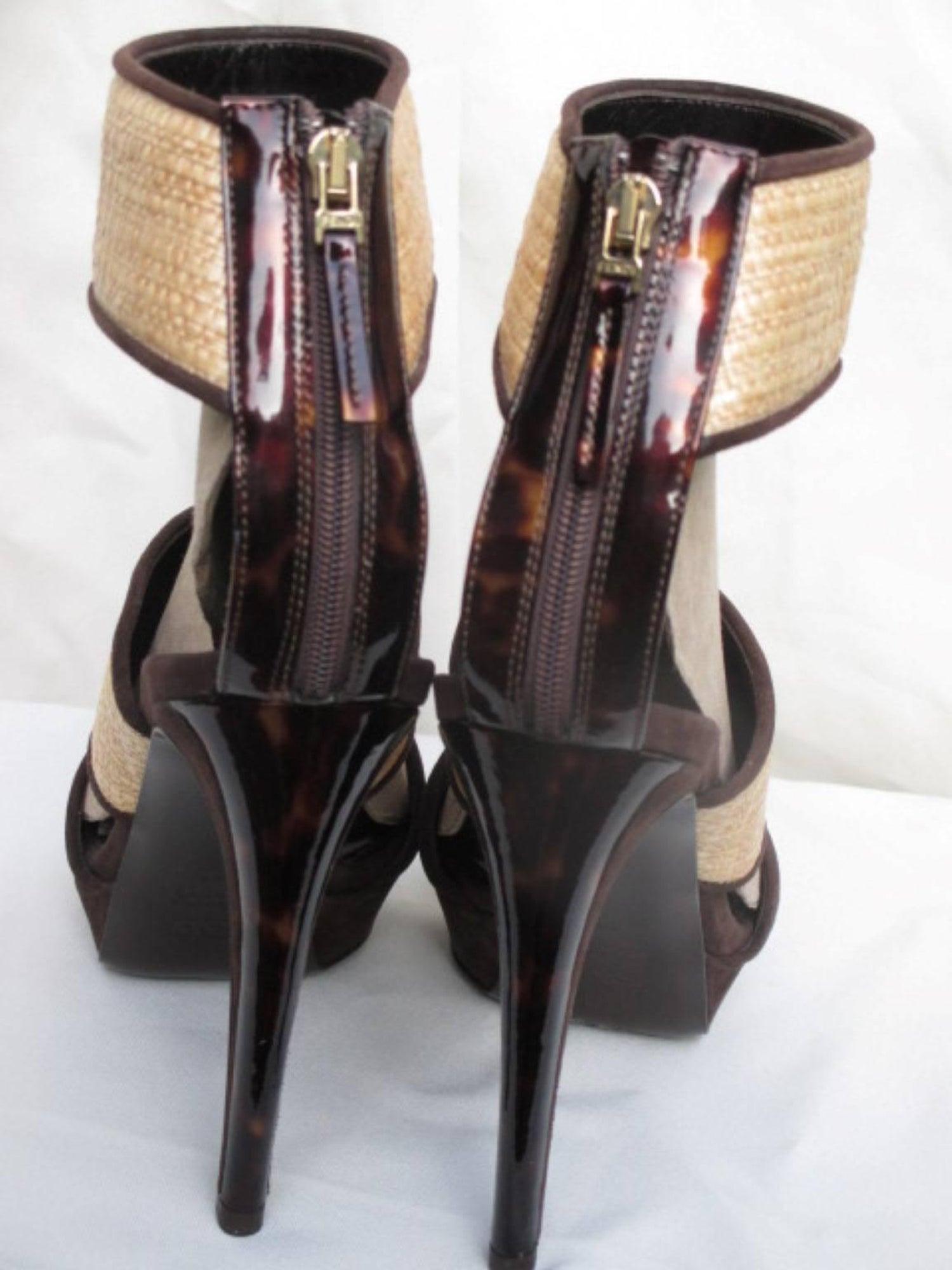 985fb560beb fendi Brown suede leather and wicker high heels