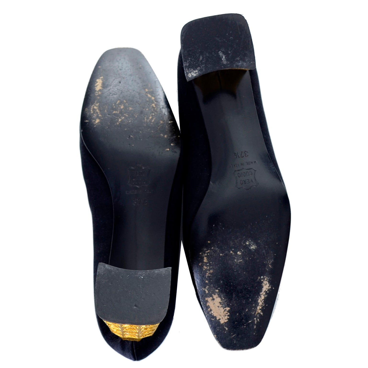 newest 11b16 ad200 Christian Louboutin Documented Vintage Shoes with Gold Leaf Heels