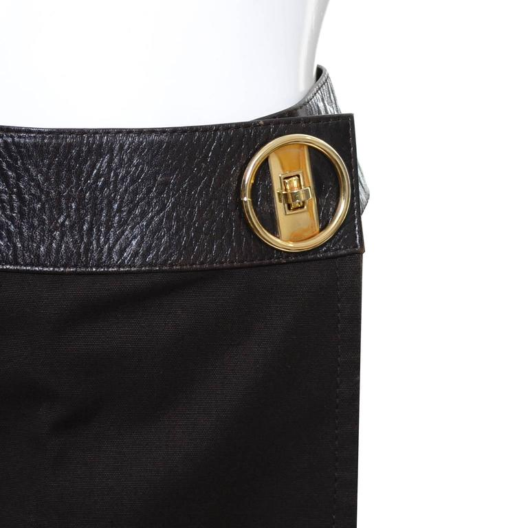 1970s Vintage Celine Skirt Paris Brown With Leather Trim & Gold Buckle In Excellent Condition For Sale In Portland, OR