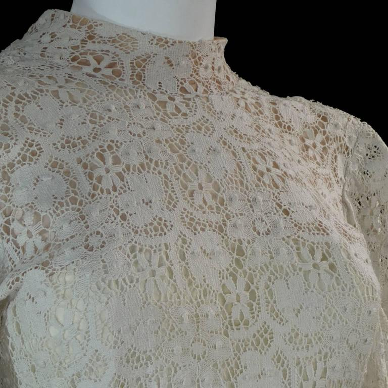 Beige Victorian Antique Crochet Lace Vintage Dress High Collar Wedding Gown Size 2 For