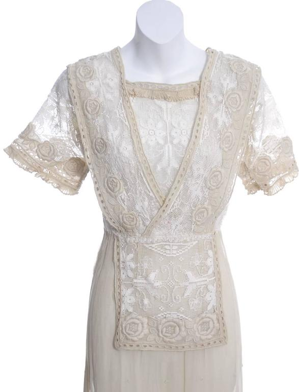 Edwardian Lace Embroidered Fine Vintage Dress or Wedding Dress 3