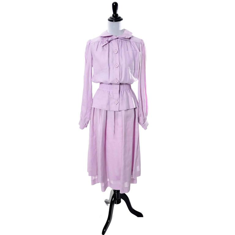 Vintage Valentino 2 Piece Lavender Purple Linen Dress and Skirt Made in France  In Excellent Condition For Sale In Portland, OR