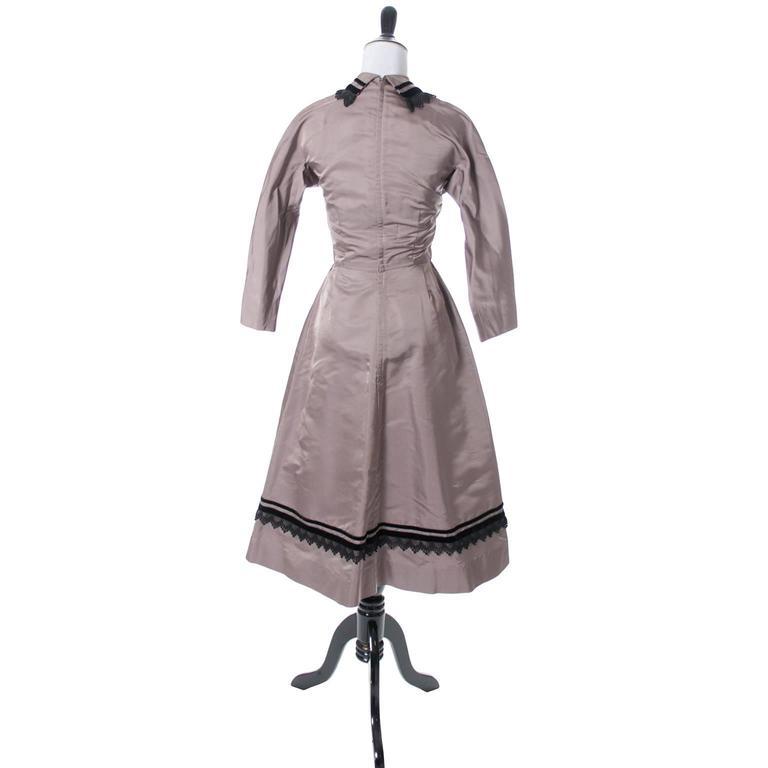 Gray Rare Style Harvey Berin Karen Stark Vintage Dress 1950s Lace Trim 4 For Sale