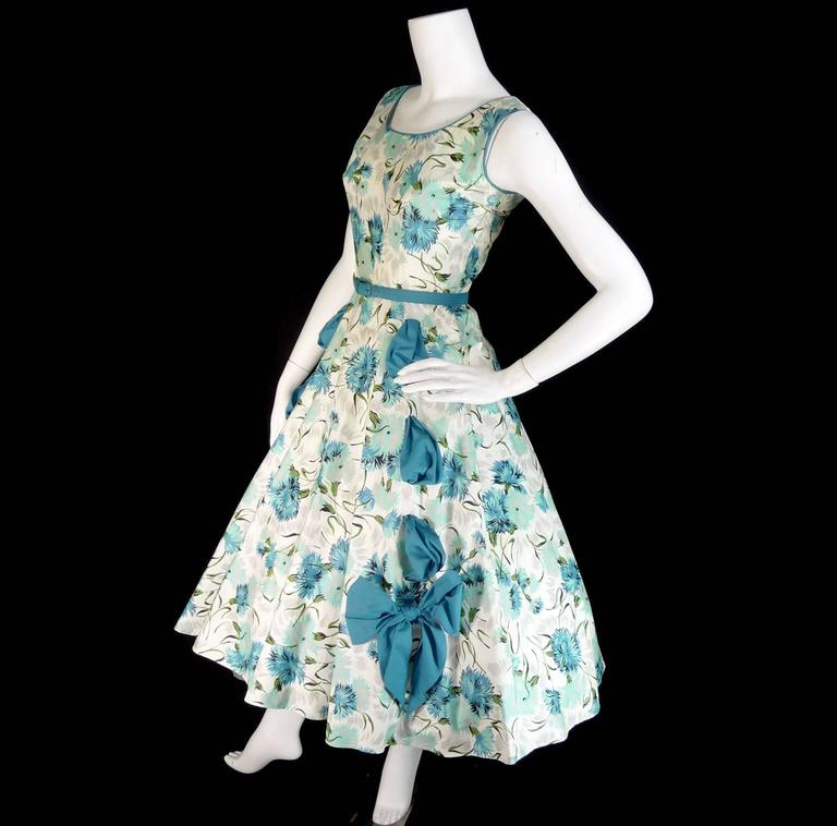 Women's 1950s Blue Floral Vintage Dress Rhinestones Bows 50s Full Skirt Size 6/8 For Sale