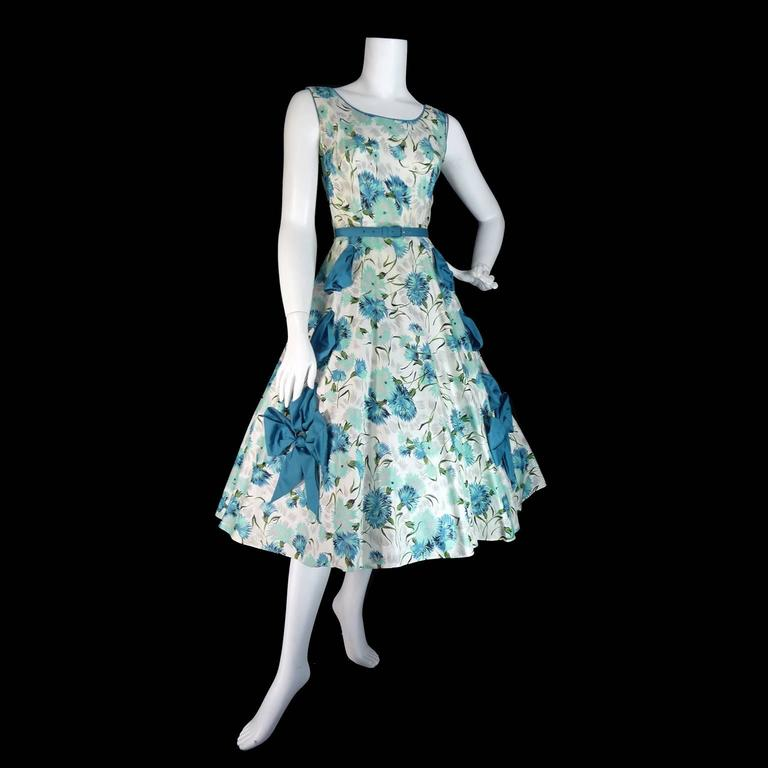 1950s Blue Floral Vintage Dress Rhinestones Bows 50s Full Skirt Size 6/8 For Sale 1