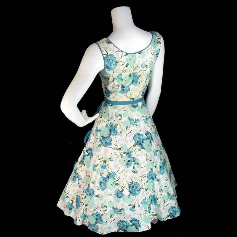1950s Blue Floral Vintage Dress Rhinestones Bows 50s Full Skirt Size 6/8 For Sale 2
