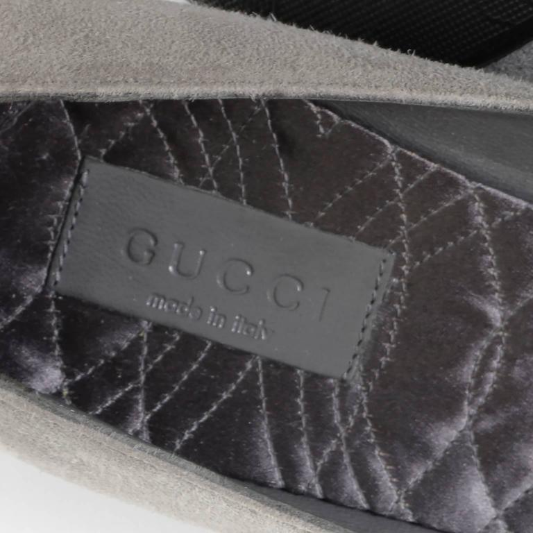 Women's NEW Vintage Gucci Gray Suede Shoes Chain Detail Kitten Heels Medallion 7.5 B For Sale