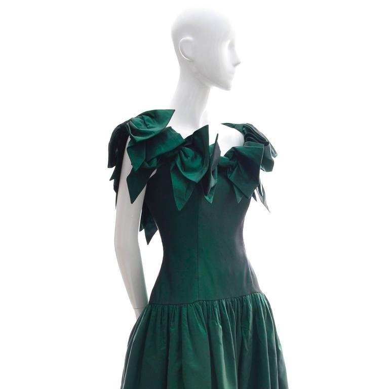 Victor Costa 1980s Vintage Dress Iridescent Green Ballgown Evening Gown 6/8 3