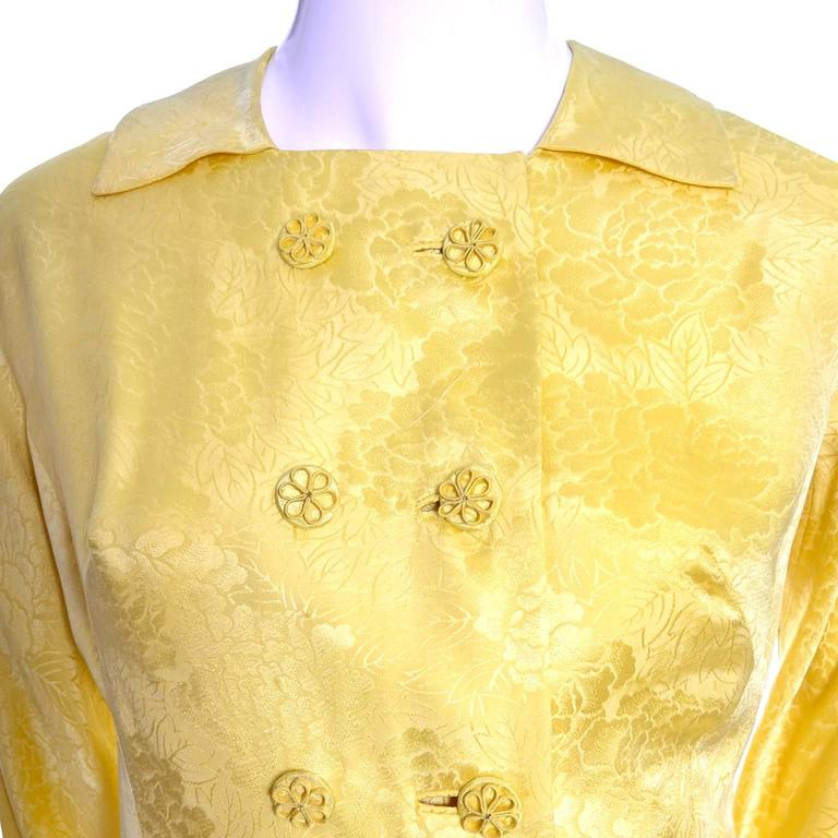 1960s Dynasty Vintage Hostes Gown Robe in Yellow Silk Jacquard Floral Hong Kong For Sale 1