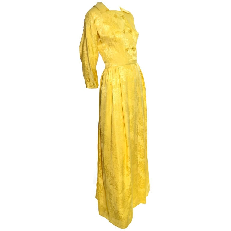 1960s Dynasty Vintage Hostes Gown Robe in Yellow Silk Jacquard Floral Hong Kong For Sale