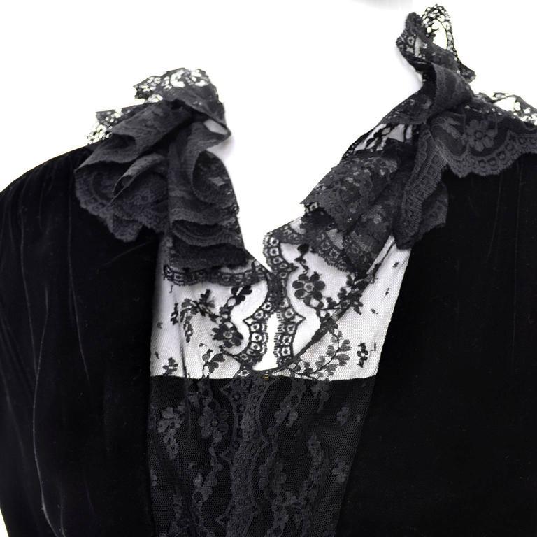 Albert Nipon Vintage Black Velvet Lace Dress 1970s Victorian Renaissance 12 For Sale 3