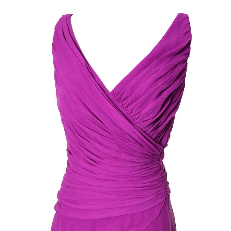 Tadashi Vintage Dress Purple Silk Layered Chiffon Ruffles Size 8 In Excellent Condition For Sale In Portland, OR