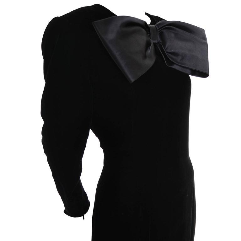 Black Avant Garde Givenchy Vintage Dress Velvet Statement Evening Gown 12 For Sale