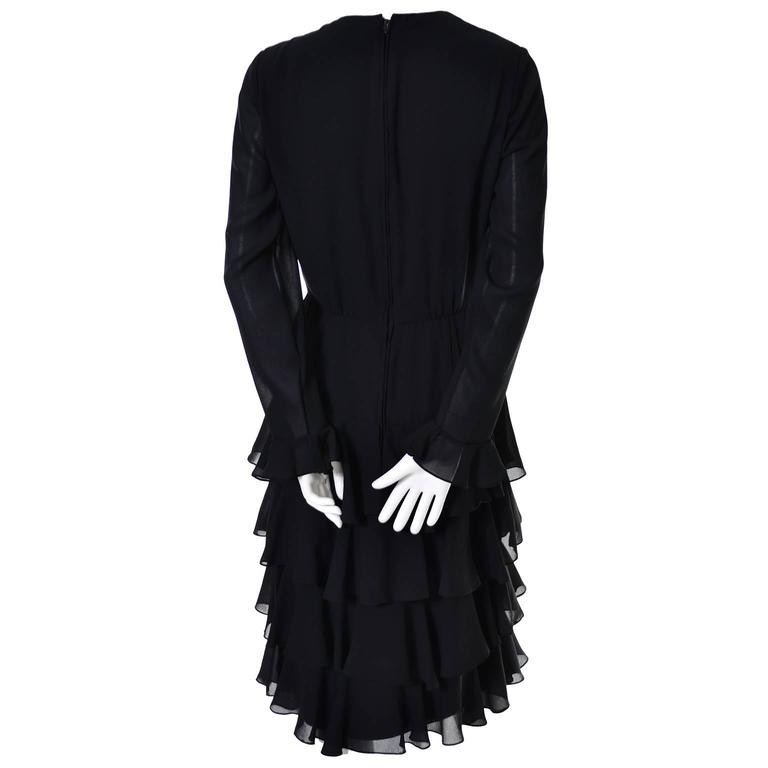 Bill Blass 1980s Vintage Cocktail Black Silk Dress With Ruffles & Layers Sz 6/8 For Sale 2