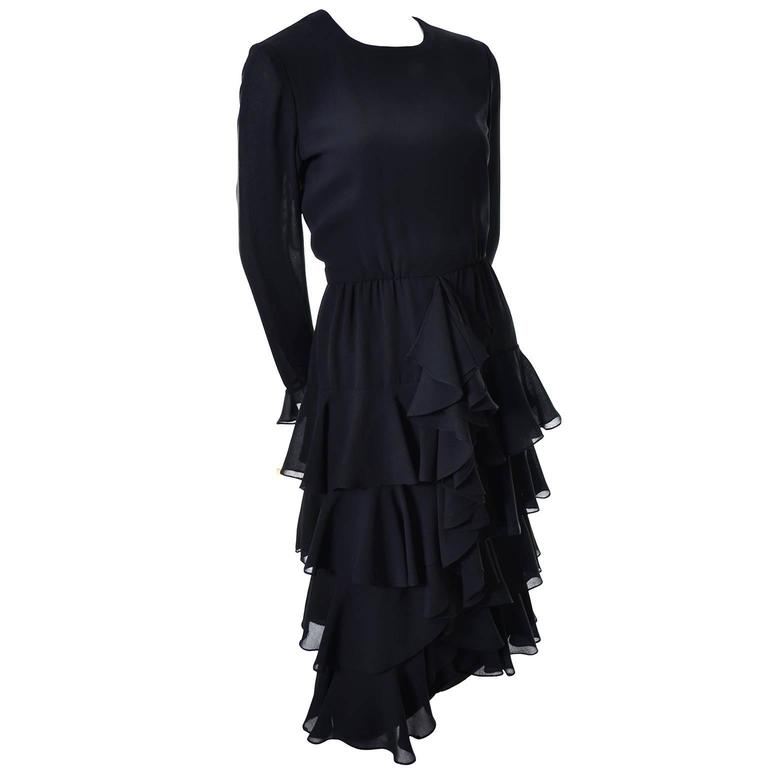 Women's Bill Blass 1980s Vintage Cocktail Black Silk Dress With Ruffles & Layers Sz 6/8 For Sale