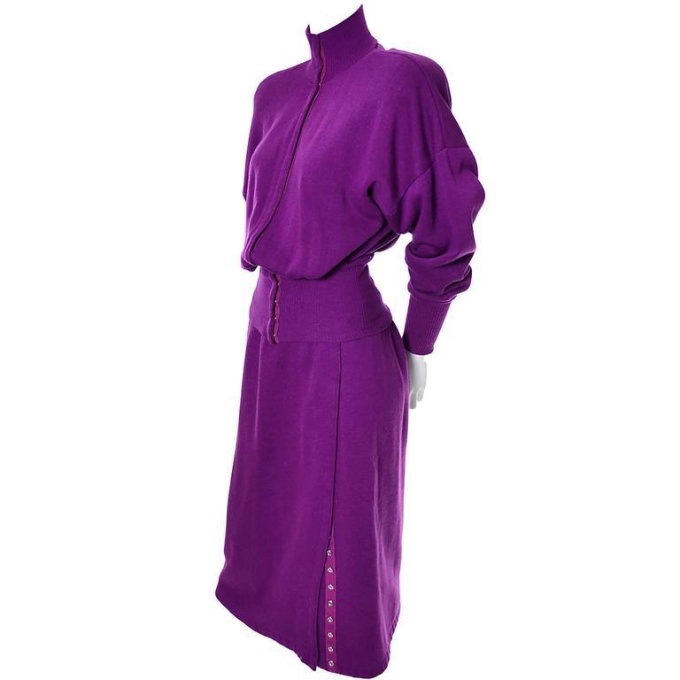 1980s Vintage Norma Kamali 2pc Dress Sweatshirt Top Skirt Purple Fleece S/M In Excellent Condition For Sale In Portland, OR