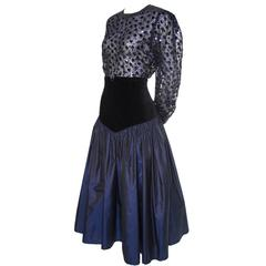 Escada Vintage Blue Black Velvet Satin Evening Ensemble Skirt Blouse 38 Sequins
