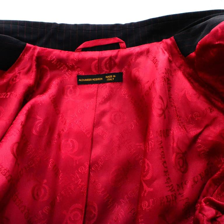 Rare 1998 Joan Alexander McQueen Vintage Coat Pant Suit Red Lining Documented 10 For Sale 5