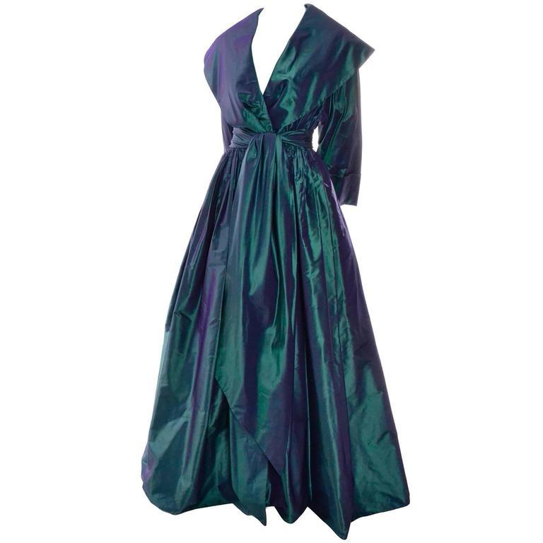 Women's Carolyne Roehm Vintage Dress Iridescent Bergdorf Goodman Taffeta Ballgown 10 For Sale