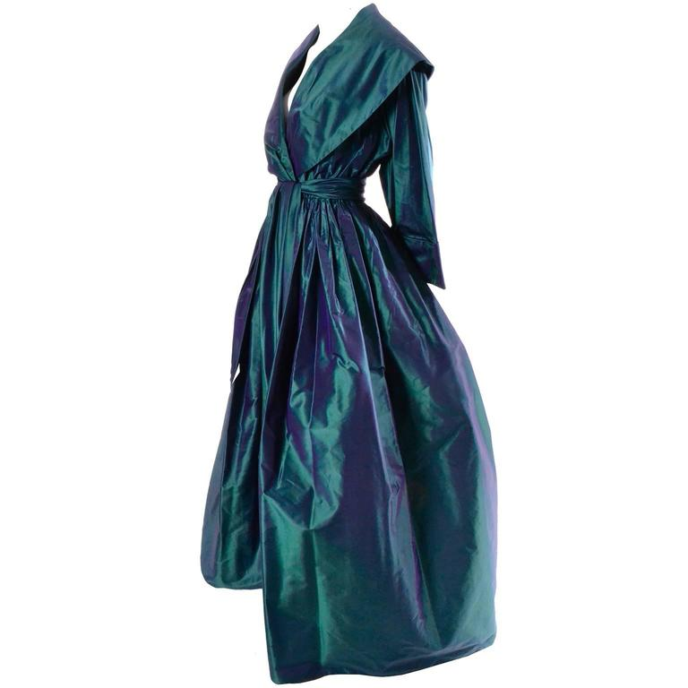 Carolyne Roehm Vintage Dress Iridescent Bergdorf Goodman Taffeta Ballgown 10 In Excellent Condition For Sale In Portland, OR