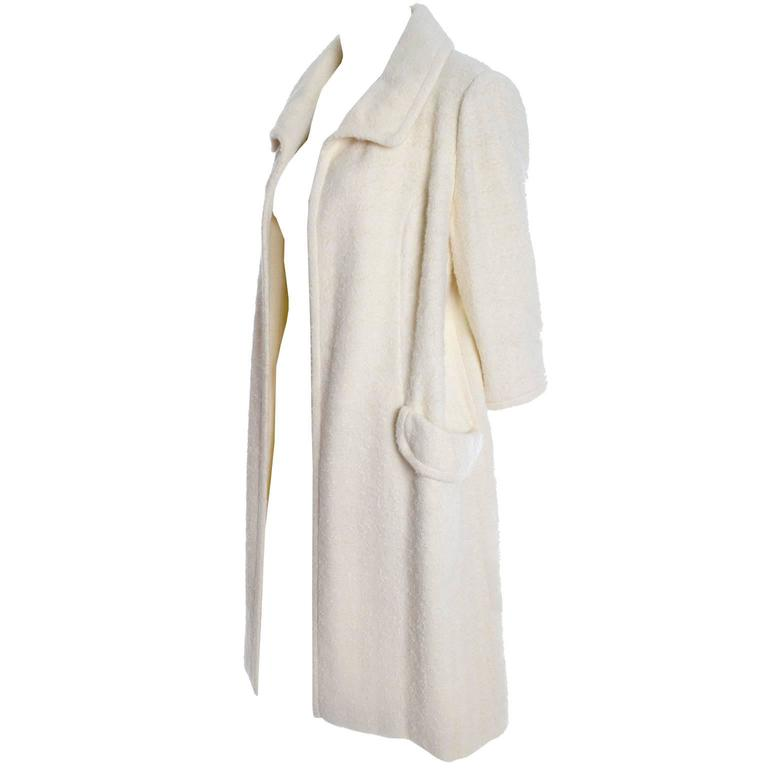 1960s Manor Bourne for I Magnin Cream Winter White Boucle Wool Vintage Coat