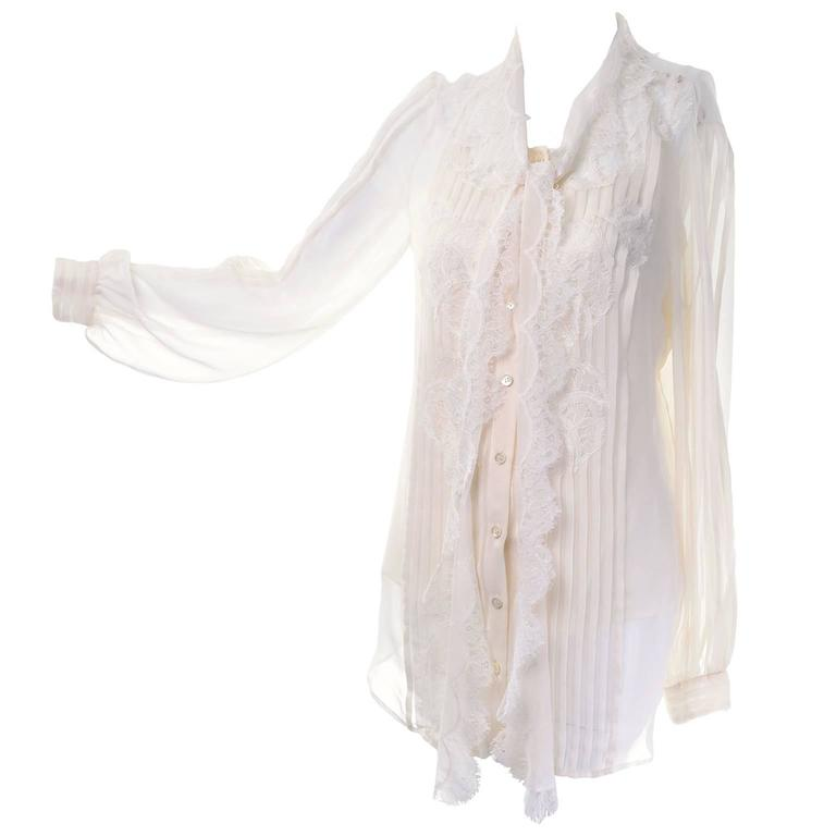 c0ce2f8b5f52a Silk Lace Ivory Oscar de la Renta Pussy Bow Blouse Size 8 Fall 2011 For Sale