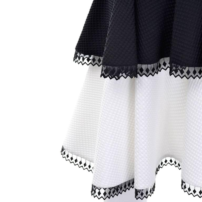 1980s Victor Costa Vintage Dress Lou Rose Montecito Black White Waffle Weave 8  For Sale 1